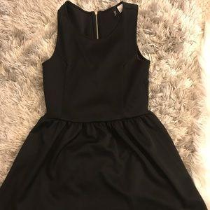 H&M Black A-line skater dress